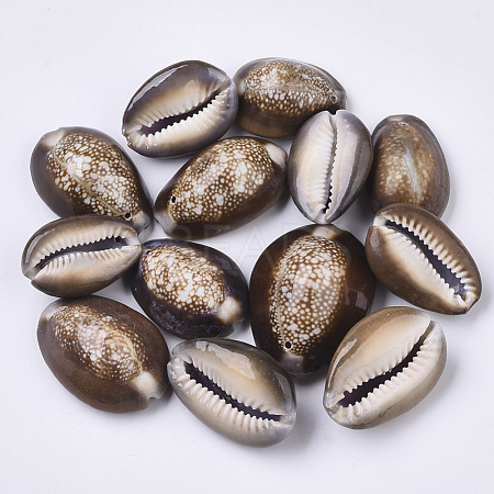 Natural Cowrie Shell Pendants X-SSHEL-N034-24-1